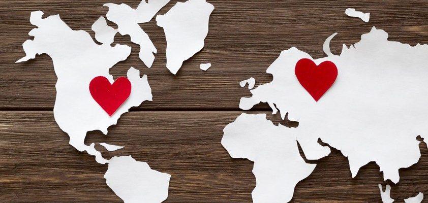 Сердечки на расстоянии. Лучшие фразы про любовь на расстоянии.